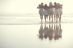 bridesmaids on the beach // photo by ErinWallis.com