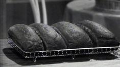 Brød i langpanne. Scones, Healthy Snacks, Cravings, Zip Around Wallet, Food And Drink, Baking, Desserts, Recipes, Drinks