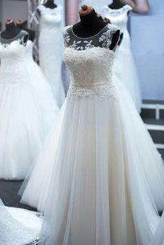 Beautiful weddin dress. Be inspired by @theinspirassion