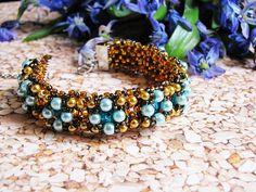 Blue pearls Bead Bracelet Crystal jewelry Fashionable bracelet