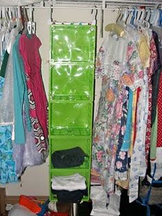 's Arts and Designs: How to Make a Clothes Organizer (Super Easy-made from crates, zip ties, and hooks all from the Dollar Tree store) Diy Clothes Organiser, Diy Clothes Hangers, Diy Clothes Refashion, Hanging Clothes, Diy Clothing, Dollar Tree Organization, Household Organization, Closet Organization, Organization Ideas
