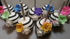 Chocolate Covered Apples, Chocolate Dipped, Caramel Candy, Caramel Apples, Cakepops, Gourmet Candy Apples, Veggie Art, Theme Mickey, Apple Decorations