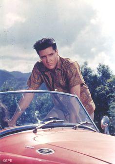 Elvis in the movie »Blue Hawaii«, 1961