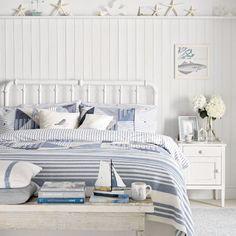 Seaside Bedroom, Beach House Bedroom, Coastal Bedrooms, Beach Room, Home Bedroom, Coastal Living, Country Bedrooms, Teenage Beach Bedroom, Beach Themed Bedrooms