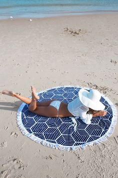 Iyasson Trendy Tassel Ornament Geometric Pattern Print Round Beach Blanket – T-Shirts & Sweaters Beach Blanket, Beach Pictures, Beach Bum, Mode Inspiration, Print Patterns, Pattern Print, 1 Piece, Summer Fun, Summer Hats