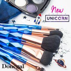 Magiczny zestaw po choinkę #christmas #xmas #gift #magic #unicorn #christmastree #makeup #make-up #brush #święta #prezenty #podarunek #pędzle #makijaż