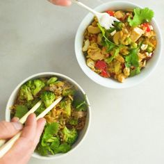 Simple Fried Rice 2 Ways Asian Recipes, Ethnic Recipes, Easy Dinners, Fried Rice, Kos, Foodies, Main Dishes, Salsa, Cooking