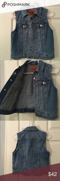 Denim vest Levi's denim vest in a medium wash. NWOT. In perfect condition. Levi's Jackets & Coats Vests