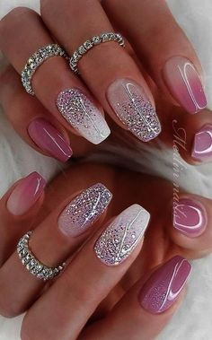 Deluxe Nail Care Kit case Sparkly Nails Pink And Silver up Nail Care Tips In Mal… Deluxe Nail Care Kit Fall Sparkly Nails Pink und Silber bis Nail Care Tipps In Malayalam über Sparkly Nails Sarg Classy Nails, Stylish Nails, Simple Nails, Trendy Nails, Cute Summer Nails, Cute Nails, Nail Summer, Fancy Nails, Summer Toenails