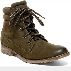 Steve Madden Mantraa Green nubuck laceup boots. Got on my birthday from my boyfriend, but they aren't very flattering on my wide calves. Worn twice. Steve Madden Shoes Combat & Moto Boots