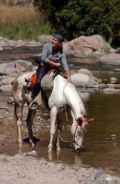 Puerto Vallarta attractions and things to do - Horseback riding. Picture thanks to Rancho El Charro