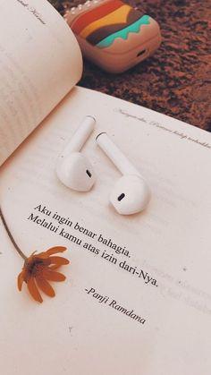 Quotes Rindu, Alone Quotes, Tumblr Quotes, Text Quotes, Quran Quotes, Khalid, Short Islamic Quotes, Jodoh Quotes, Cinta Quotes
