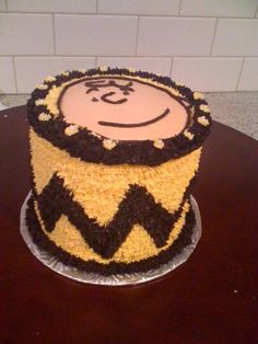 Charlie Brown Birthday Cake by cupcake cuttie.