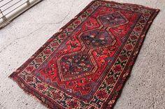 経年40年 ペルシャ絨毯 シラーズ産 部族系 手織り 179㎝ ラグ ヴィンテージ アウトレット カーペット インテリア リビングにHPRL5204_画像1