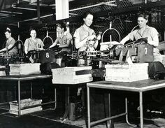 Women working WWII