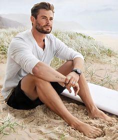 Chris Hemsworth Kids, Chris Hemsworth Shirtless, Hemsworth Brothers, Thriller, Snowwhite And The Huntsman, Mystery, People Magazine, Marvel, Fine Men