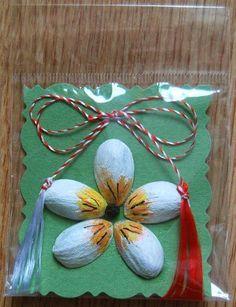 Imagini pentru martisoare confectionate de copii Fun Crafts For Kids, Christmas Crafts For Kids, Christmas Ornaments, Handmade Crafts, Diy And Crafts, Arts And Crafts, Pumpkin Seed Crafts, Seed Art, 8 Martie