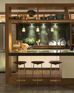 Small Kitchen Ideas: Smart Ways Enlarge the Worth Browse photos of Small kitchen designs. Discover inspiration for your Small kitchen remodel or upgrade with ideas for organization, layout and decor. Kitchen Bar Design, Kitchen Interior, Home Decor Kitchen, Kitchen Design Small, Kitchen Bar, Kitchen Remodel, Kitchen Decor, Interior Design Living Room, Home Interior Design