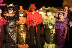 Dancers in the zocalo by mindync, via Flickr