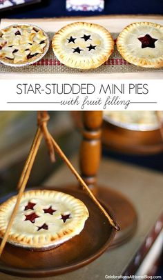 Make these star-studded mini fruit pies for a 4th of July dessert! Adorable :-)