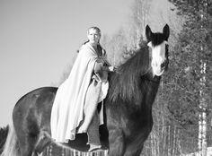 (C) Satu Jeulonen LOTR theme 😊 shirehorse Fehn Emma and I ❤