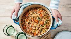 Uuniton kaalilaatikko   Pataruoat   Yhteishyvä Ethnic Recipes, Food, Hands, Essen, Meals, Yemek, Eten