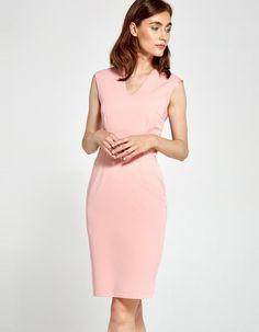 Sukienka dopasowana różowa