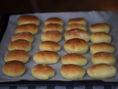Chifle pufoase cu branza si marar | Retete culinare Online | Bloglovin' Romanian Recipes, Romanian Food, Doughnuts, Hot Dog Buns, Hamburger, Deserts, Bread, Cookies, Sweets