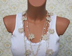 Beige Crochet Necklace, collana Lariat, Open End collana, collana OYA, regalo di damigelle d'onore