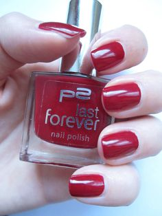Dating Time von P2 - http://www.nagellack-beauty.de/p2-dating-time-last-forever/ #datingtime #p2 #red #nagellack #nailpolish #nagellackbeauty