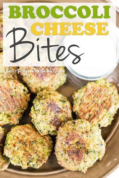 Broccoli Cheese Bites || Awesome healthy snack for kids! So easy, too. (quick video tutorial and step-by-step photos here). Fast Forward Fun