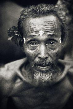 PORTRAIT FROM BALI #5 - Batu bulan, Bali