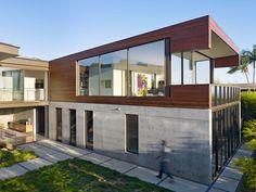 Wood & concrete facade