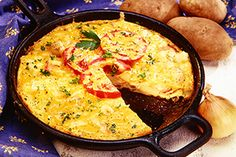 We're packing several yummy breakfast flavours into an Ontario Potato and Ham Frittata. Easy and filling, this hearty dish will give you plenty of energy for the weekend! Potato Frittata, Valeur Nutritive, Brunch Recipes, Brunch Ideas, Ontario, Ham, Potatoes, Vegetarian, Dishes