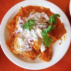 Chilaquiles en Salsa Roja
