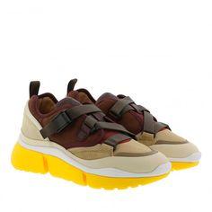 Chloé Sonnie Low Top Sneaker Burnt Mahagony in braun Celine, Christian Louboutin, Saint Laurent, Gucci, Huaraches, Nike Huarache, Neue Trends, Burns, Sneakers Nike