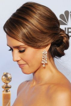 Jessica Alba& gorgeous, long, brown hair is styled in a classic chignon hairdo. This updo is perfect for prom or weddings. The chignon with sides. Up Hairstyles, Pretty Hairstyles, Wedding Hairstyles, Wedding Updo, Hairstyles Pictures, Hairstyle Photos, Prom Updo, Bridesmaid Hairstyles, Brunette Hairstyles