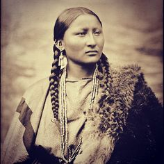 Pretty Nose, a Cheyenne woman. Photographed in 1878 at Fort Keogh by L. A. Huffman.