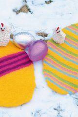 250-2 Easter Crochet, Winter Hats, Christmas Ornaments, Knitting, Holiday Decor, Crafts, Felting, Inspiration, Craft Ideas