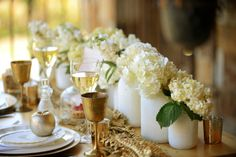 Romantic Gold and White Wedding Ideas