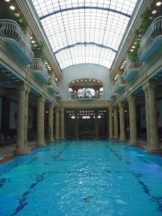 Gellértbad Budapest, Schwimmbad