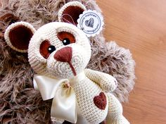 Maria Martinez Amigurumi: Teddy Bear | Link to Pattern (english)  More amigurumi in my facebook page www.facebook.com/mariamartinezAmigurumi  #Amigurumi #Crochet #Pattern
