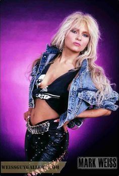 """Doro is simply 🔥🔥🔥 And has been, since bursting onto the scene fronting """"Warlock"""" ! Paving the way for future Ladies of Metal, such as: Lzzy, Taylor, and other's 🤘🤘 A Tribute by Jim Laws Estilo Heavy Metal, Heavy Metal Girl, Heavy Metal Rock, Heavy Metal Music, Power Metal, 80s Rock Fashion, Metal Fashion, Style Fashion, Classic Rock"""