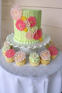 Tutorial for making beautiful springtime candy flowers to decorate cakes or cupcakes Gorgeous Cakes, Pretty Cakes, Cute Cakes, Amazing Cakes, Candy Melts, Cake Decorating Tutorials, Cookie Decorating, Buttercream Decorating, Candy Flowers