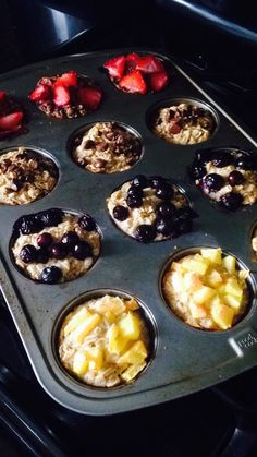 21 Day Fix Oatmeal Muffins -- According to The Beachbody Blog, each muffin is 1/2 Yellow and 1/2 Purple. If you add chips or nuts, be sure you factor that in