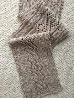 Ravelry: donj's Coventry Elongated Cables & Lace Scarf