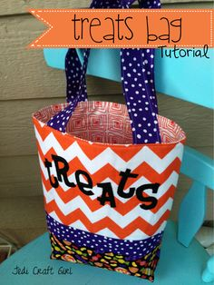 """Halloween """"Treats"""" Bag - Featured Project This would also be a cute tote bag for work!"""