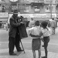 Realejo na praça do Patriarca, no centro, por volta de 1953