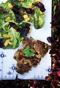 Kartoffelfrikadeller med squashsalat Lækre vegetarfrikadeller fra Familie Journals Slankeklub