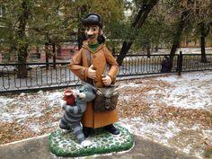 Сказочные герои на детской площадке в Ленинском районе г. Саратова